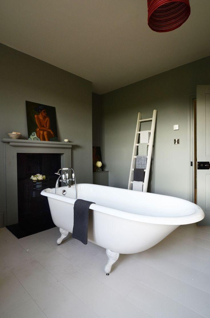 Чугунные ванны - современное оформление, варианты использования и подбор форм и размеров (120 фото)