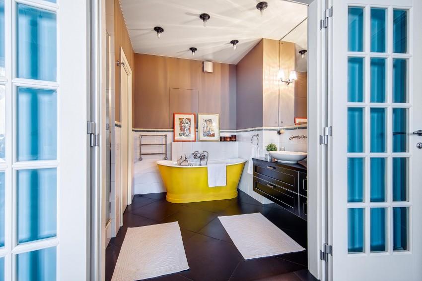 Двери в ванную комнату: как выбрать оптимальные межкомнатные модели для ванной (95 фото)