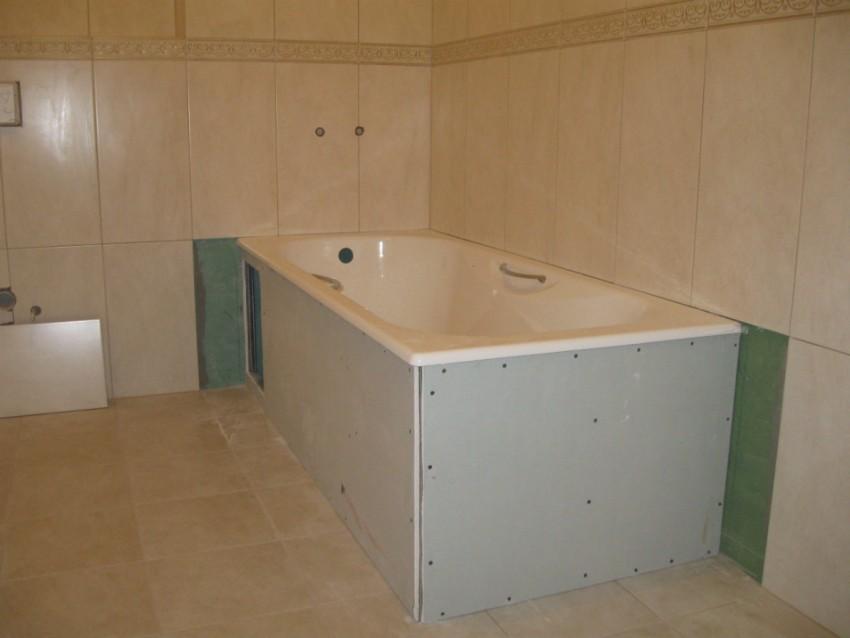 Экран под ванную - виды конструкций и подбор размеров. 125 фото оптимальных идей