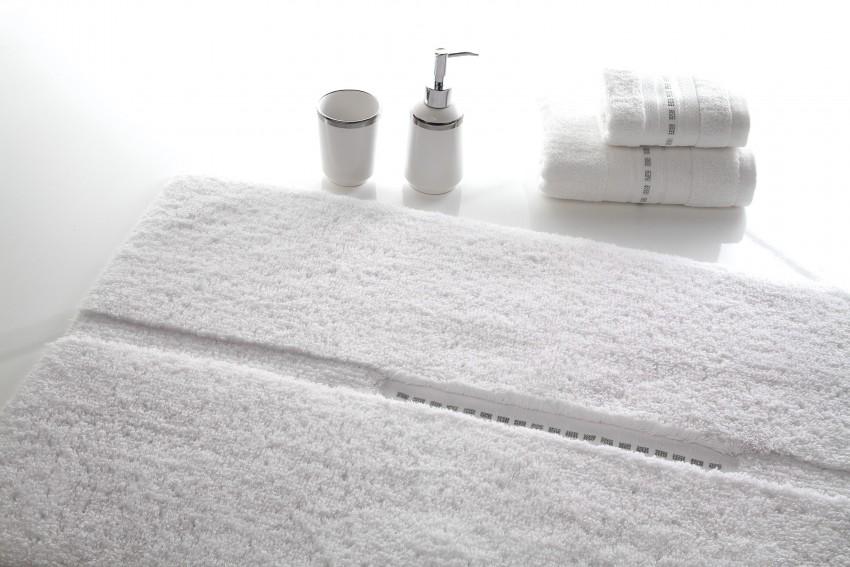 Коврик для ванной - 65 фото идеального выбора стильного комплекта и правил выбора