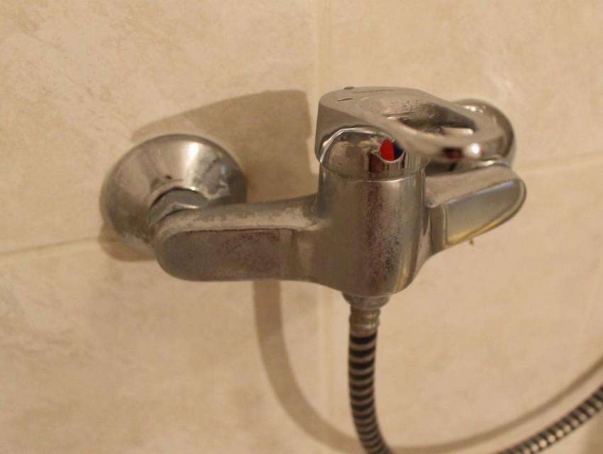 Налет в ванной: 100 фото очистки, основные методы борьбы и причины возникновения