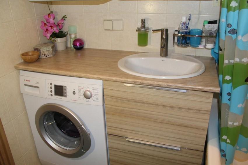 Розетка в ванной: правильная установка своими руками и требования безопасности (80 фото)