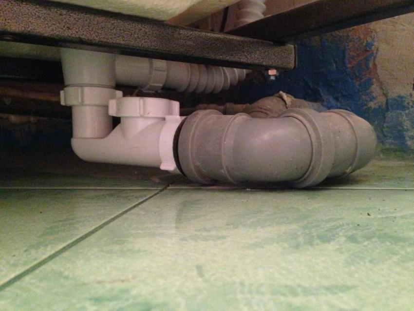 Установка сифона на ванну: инструкция по сборке и установке слива своими руками (85 фото)