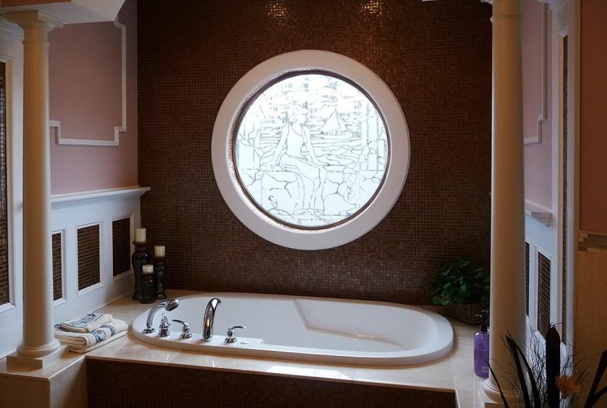 Ванная с окном - 120 фото лучших решений и особенностей оформления ванной комнаты