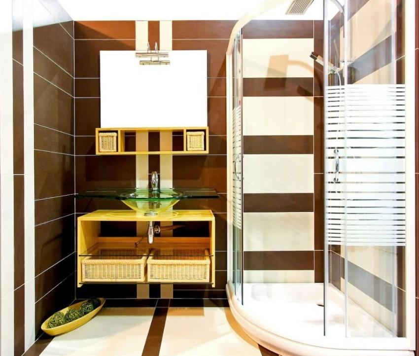 особенности интерьера маленькой ванной с душевой кабиной