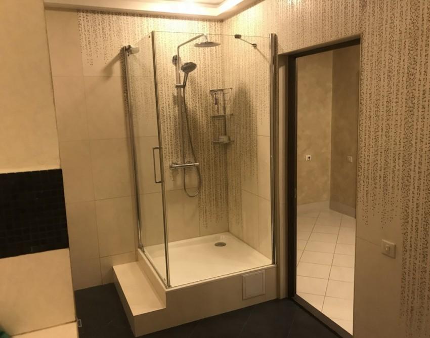 душевая кабина фото в маленькой ванной комнате