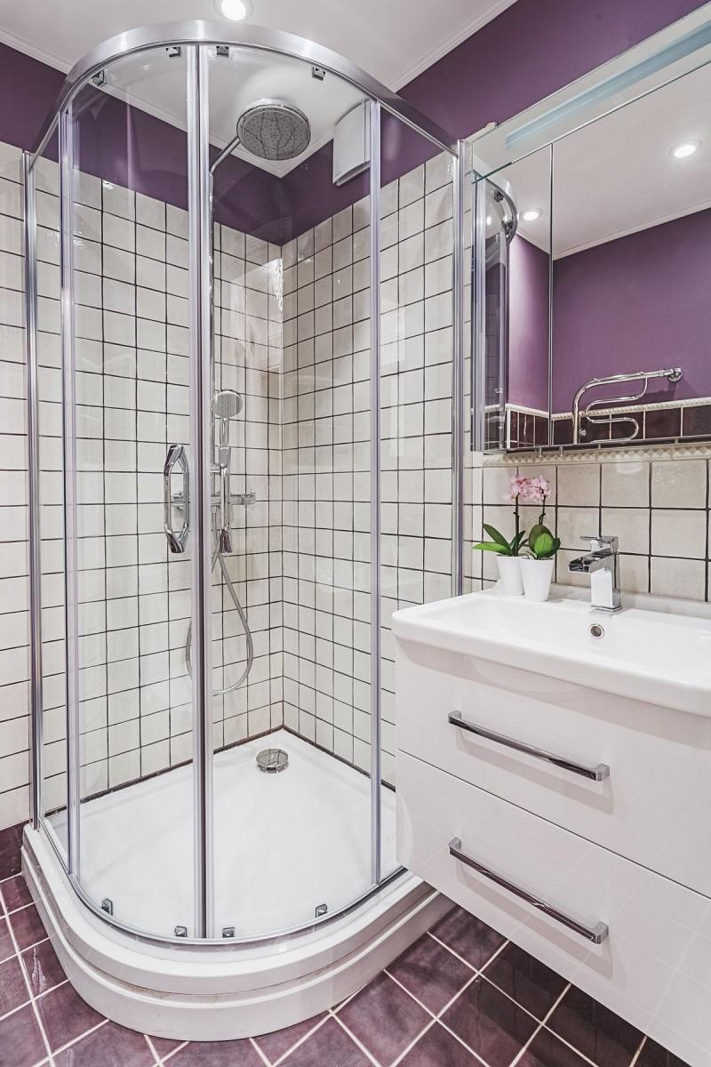 интерьер ванной комнаты душевая кабина